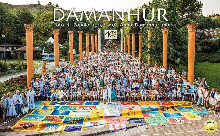 Nuevo año damanhuriano y foto del Popolo