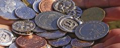 ¿Existe una moneda positiva?